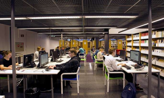 Applicants  at  Helsinki University Int`l programmes up