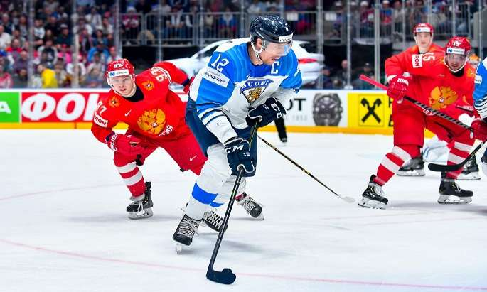 Lions reach Ice Hockey WC final beating Russia